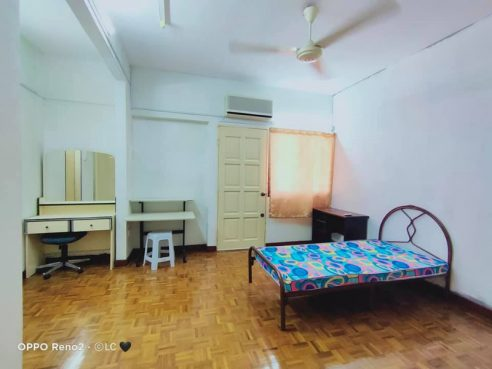 room for rent, medium room, ttdi plaza, Room rental at TTDI, Kuala Lumpur with Facilities Provided