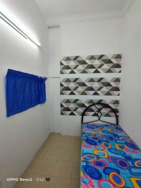 room for rent, medium room, ss7, Room for rent at Taman Megah, Kelana Jaya