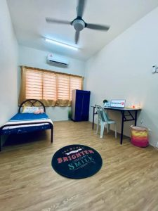 room for rent, medium room, bangsar south, Room for Rent at Bangsar South, KL