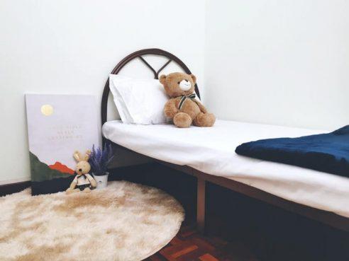 room for rent, medium room, bangsar, Room Rent Bangsar Kuala Lumpur Include Cleaning Services