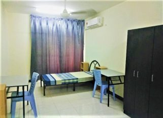 room for rent, master room, cyberjaya, Big Space Master Room with Private Bathroom