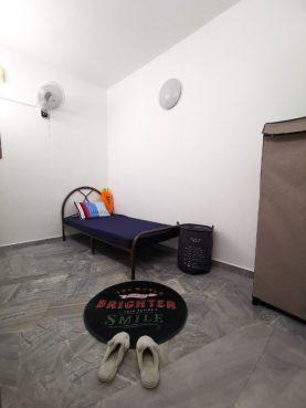 room for rent, medium room, ss 2, Room for Rent at SS2, Petaling Jaya. Free WiFi