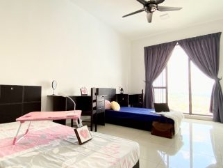 room for rent, master room, cheras, 1+1 Deposit Nearby LRT Room for Rent at Cheras