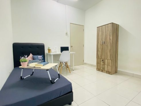 room for rent, medium room, sentul, Fully Furnished Room for Rent at Sentul