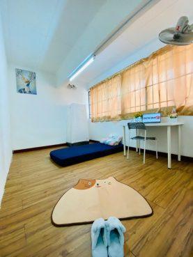 room for rent, medium room, ttdi plaza, TTDI, Kuala Lumpur Room for Rent with WIFI