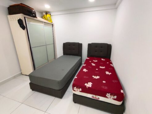 room for rent, medium room, jalan lapangan permai 1, Sharing female room @ Sri Mutiara Apartment