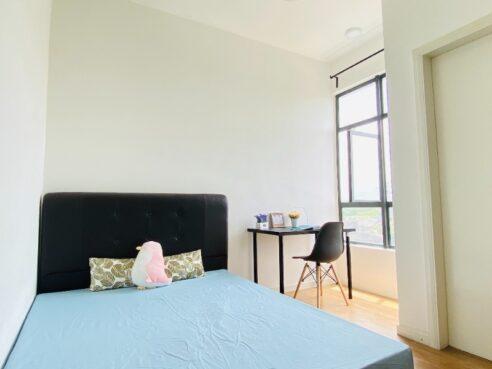 room for rent, medium room, bukit jalil, 1+1 Deposit Nearby LRT Room for Rent at Bukit Jalil
