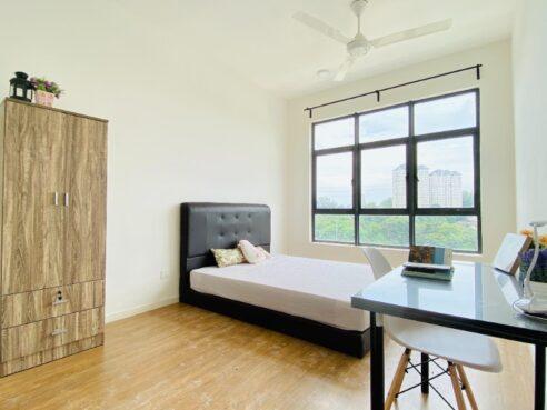 room for rent, master room, bukit jalil, 1+1 Deposit Nearby LRT Room for Rent at Bukit Jalil