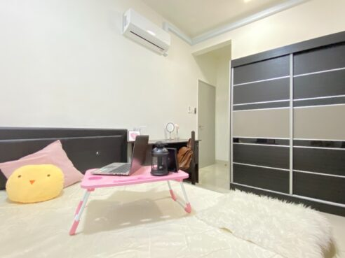 room for rent, single room, cheras, ONLY FEMALE 1+1 Deposit Fully Furnished Room in Cheras