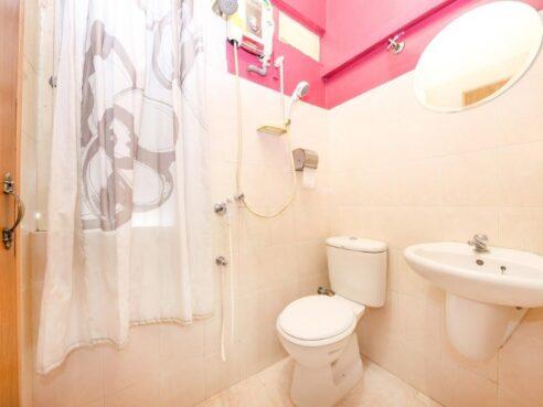 room for rent, master room, jalan 1/77b, NO 2 JALAN 1/77B,JALAN CHANGKAT THAMBI DOLLAH,55100 KUALA LUMPUR.
