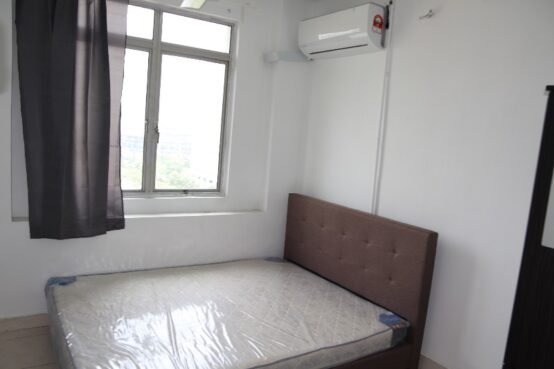 room for rent, master room, cyberia smarthomes roundabout, Room for rent