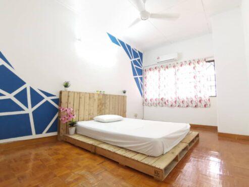 room for rent, single room, bandar kinrara, AVAILABLE ROOM FOR RENT AT BANDAR KINRARA, PUCHONG