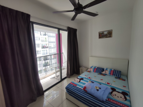 room for rent, medium room, jalan jalil perwira 2, Balcony Room at Casa Green, Bukit Jalil (near LRT, fully furnished, facing swimming pool good scenic view)