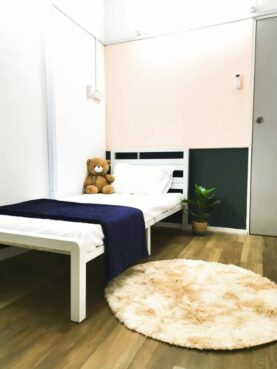 room for rent, medium room, kepong, HIGH SPEED WIFI~ROOM FOR RENT AT TAMAN FADASON, KEPONG