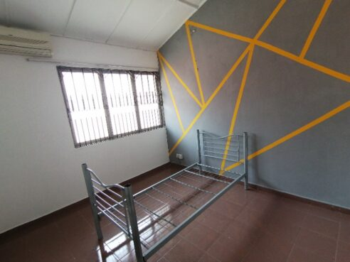 room for rent, medium room, ss 2, Near ss2 square - Include utility, internet and cleaning - ss2 middle room