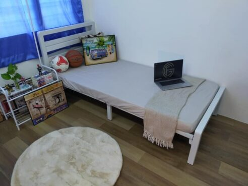 room for rent, medium room, puchong, [Welcome Short Term] Middle Room for Rent at Bukit Puchong