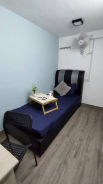 room for rent, single room, seksyen 17 petaling jaya, 1+1 Deposit Middle Room for Rent at Section 17 Nearby LRT Station