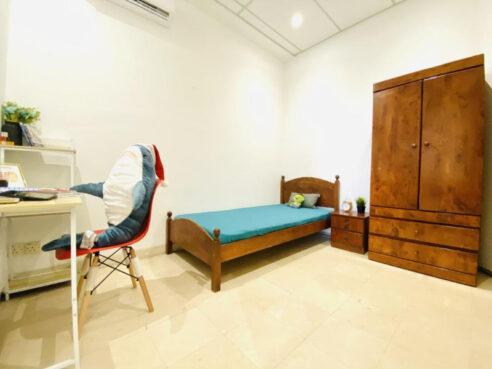 room for rent, medium room, brickfields, 1 Min Walk To Monorail Tun Sambanthan, Near KL Sentral, Zero Deposit, Fully Furnished