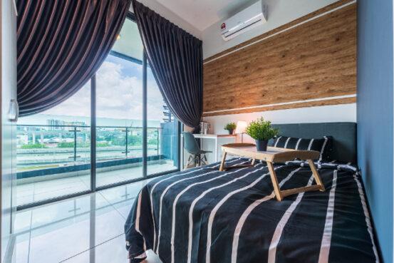 room for rent, single room, sungai besi, Single Room with Balcony @ Vyne Residence Near Kuchai Lama