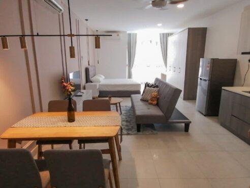 room for rent, studio, cheras, Near KTM& LRT Station (Fully) Studio Room for rent @Queensville