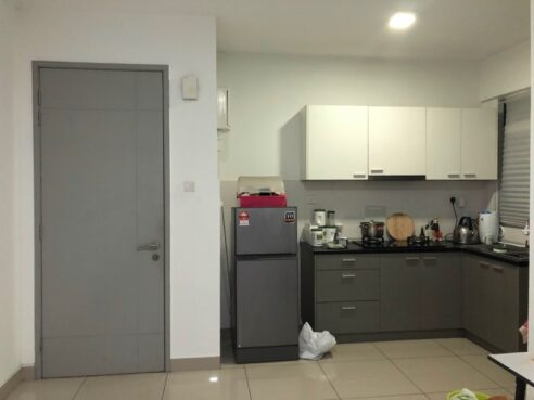 room for rent, medium room, bukit jalil, Kiara Residence 2 Bukit Jalil Middle Room RM650 Included Carpark and utilities