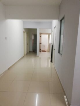 room for rent, single room, jalan hang isap, ROOM 3B - Sri Emas Condominium is just 5 min walking distance from Bukit Bintang - FOR FEMALE ONLY!