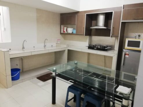 room for rent, single room, jalan hang isap, ROOM 3A - Sri Emas Condominium is just 5 min walking distance from Bukit Bintang - FOR FEMALE ONLY!