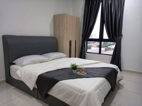 room for rent, master room, usj 1, Christine