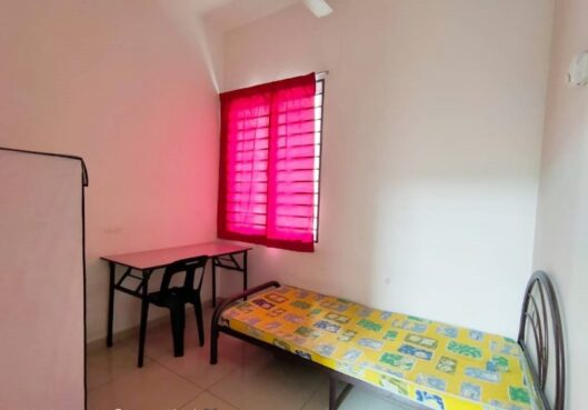 room for rent, medium room, seri kembangan, Zero Deposit Room for rent Seri Kembangan